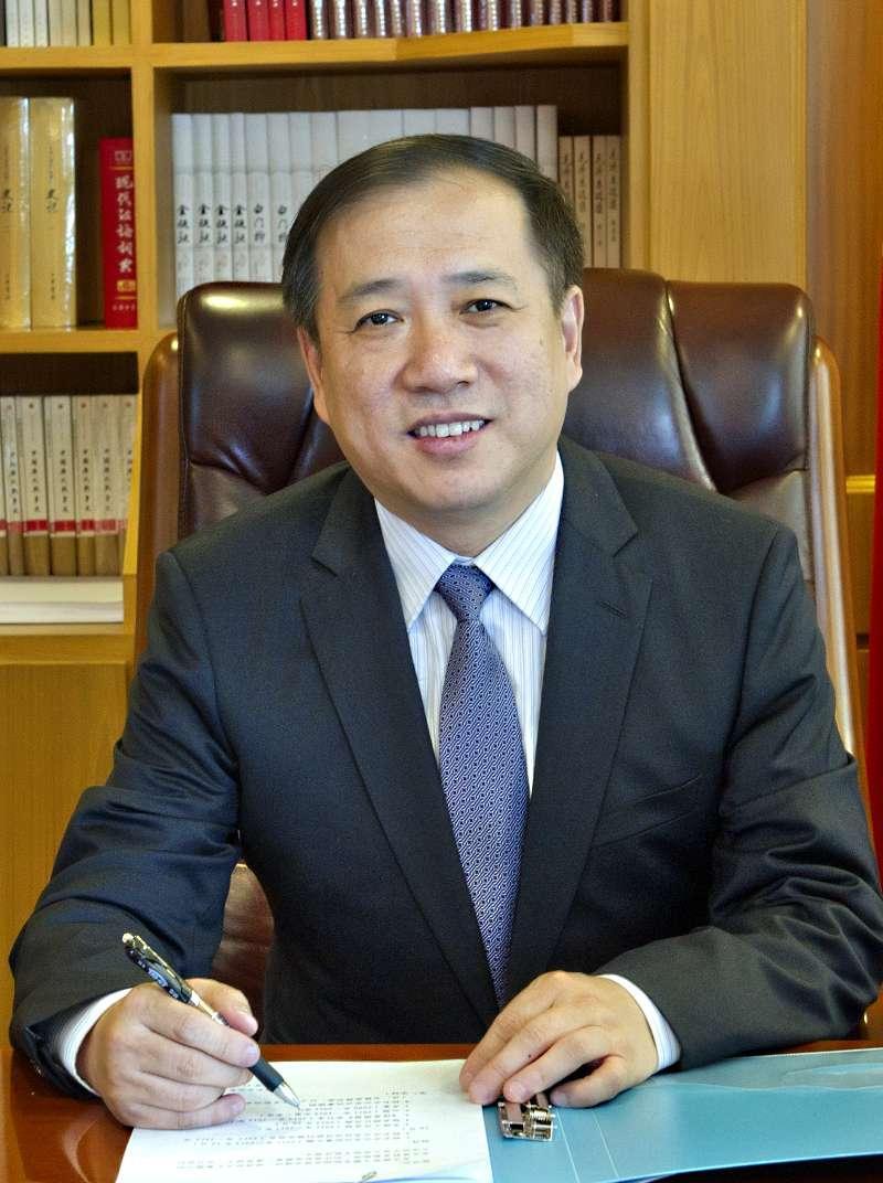 杨振斌任上海交通大学党委书记,姜斯宪因年龄原因不再担任