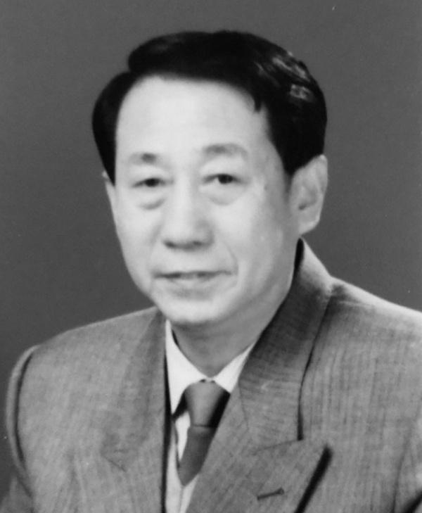83岁哈尔滨工业大学无线电工程系创建者之一周廷显教授逝世