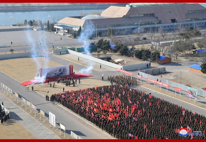 朝鲜最高领导人金正恩出席平壤综合医院奠基仪式