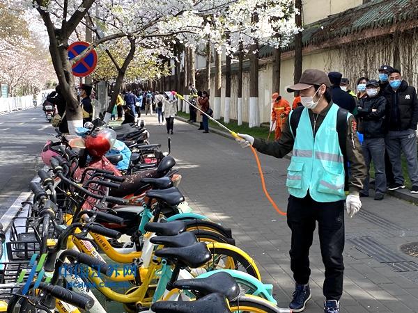 全时段保洁消杀、全方位秩序保障...南京城管多措并举保障鸡鸣寺樱花节图片