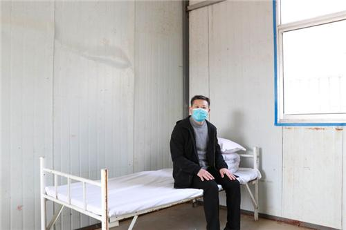 """东方国际学校举行""""筑安全,保健康""""开学前疫情防控培训及应急演练"""