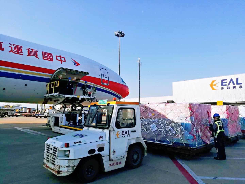 货品零延时出口 上海海关供图