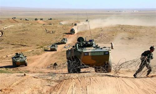 中国陆军合成营瞩目,战斗力比传统旅团还要强,美国26年前就组建