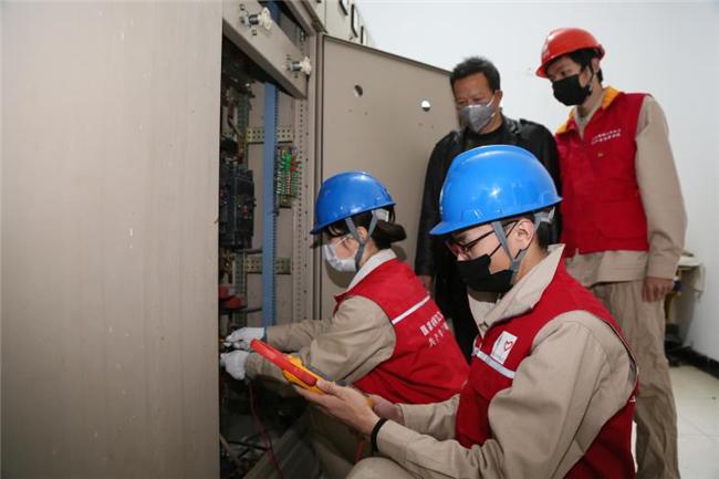 复课在即 丹阳供电护航校园用电安全