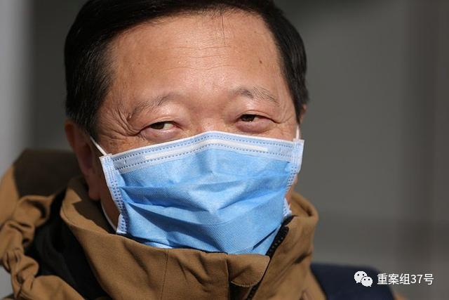 ▲1月30日,王广发病愈出院。新京报记者 李凯祥 摄