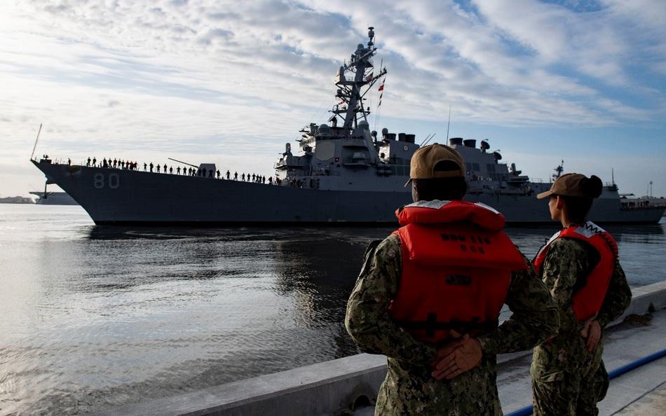 美军多艘军舰舰员检测出感染新冠病毒,一定程度上影响了战备部署