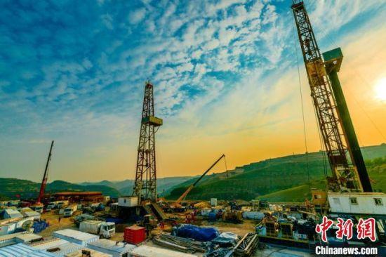 科技创新焕发长庆油田新动力 提开发效益迎低油价期
