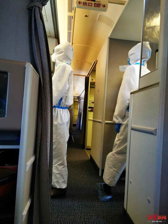 法籍华人夫妻疑吃退烧药登机!同机乘客:那趟航班上有7个发热乘客图片