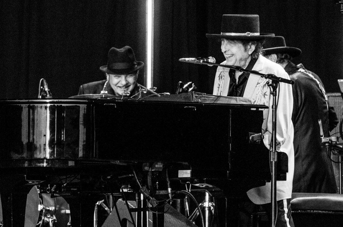 鲍勃·迪伦时隔八年首发原创新歌,歌曲全长17分钟图片