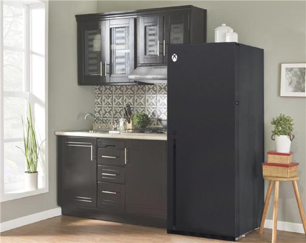 微软 Xbox Series X 被吐槽像垃圾桶 设计师:散热效能提升 70%