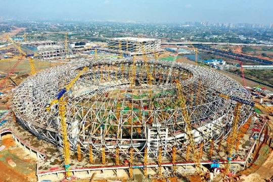 用钢量相当于两座埃菲尔铁塔 成都大运会开闭幕式主场馆主体封顶