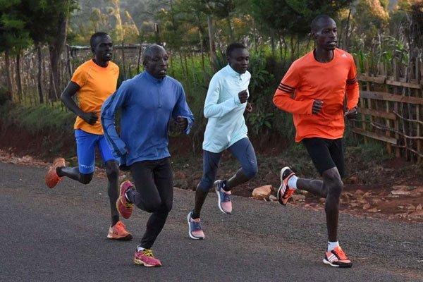 肯尼亚12名马拉松运动员因违反禁令被逮捕 现已被释放