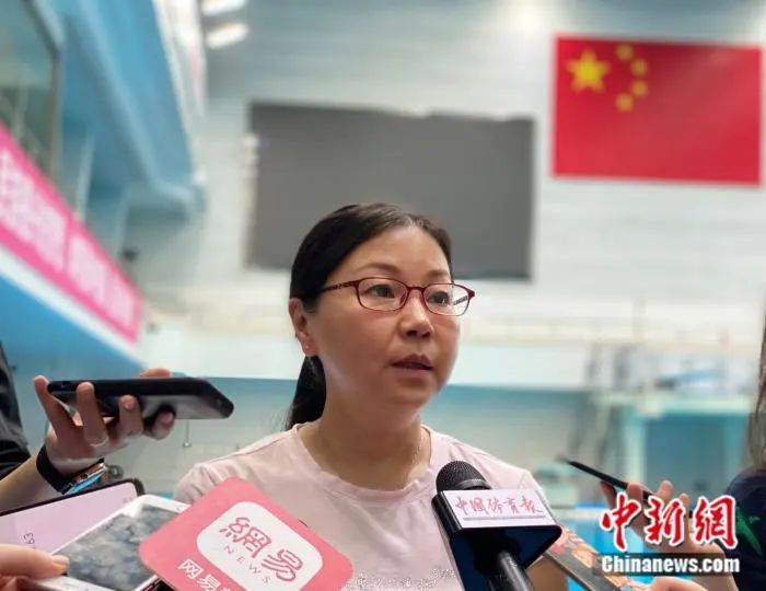 资料图:中国游泳协会、中国跳水协会主席周继红。
