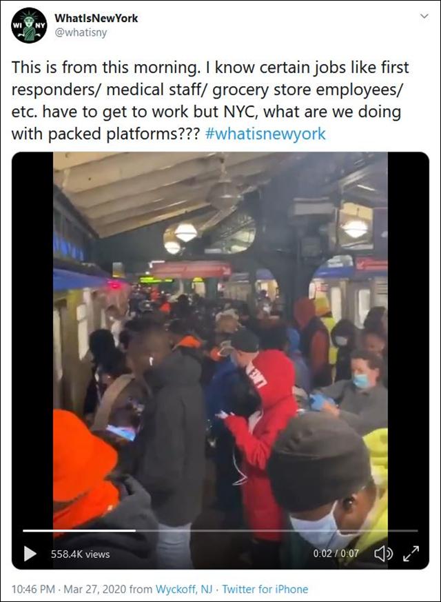 """疫情下纽约穷人挤满地铁去工作,""""死就死吧""""(图)"""