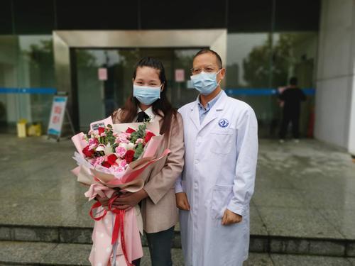 钟南山远程会诊的中山危重症产妇,回家了!