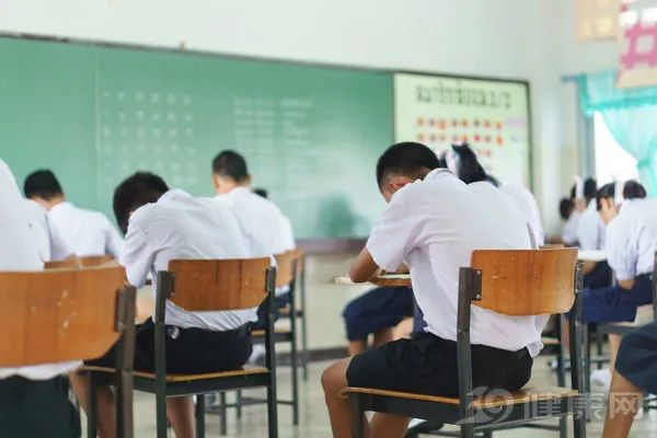 马上开学怎么让孩子少生病?常做5个经络按摩