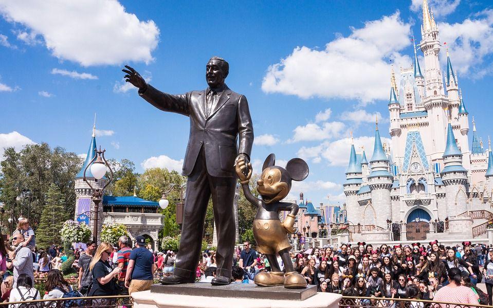 奥兰多4.3万名迪士尼员工将放无薪假,闭园期限未知图片