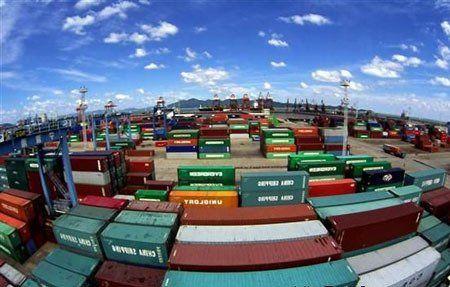一季度进出口总值同比降6.4% 贸易顺差减80%