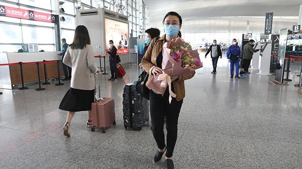 杨毅奔赴黑龙江支援新冠肺炎重症病人救治指导工作
