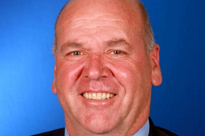 提议动议的议员保罗·芬内尔,图自沃加沃加市议会网站