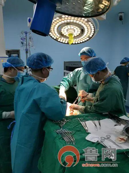 胶州人民医院疫情防控与救治患者两不误