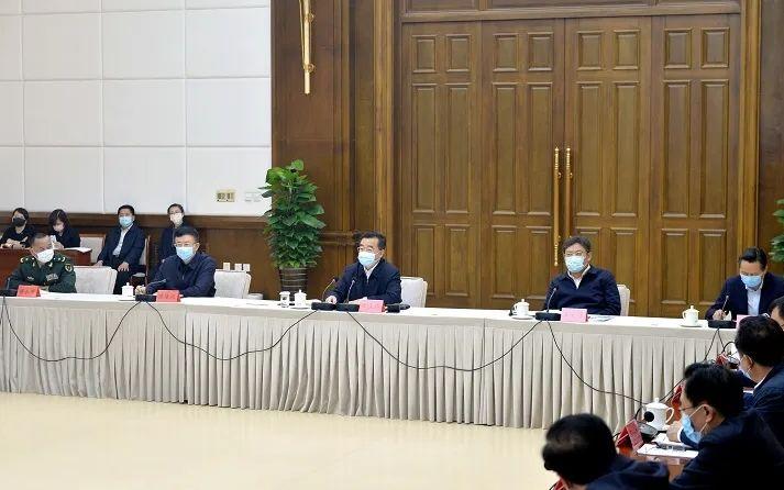 王永康带队赴哈尔滨:遏制疫情反弹是当前最大的政治任务图片