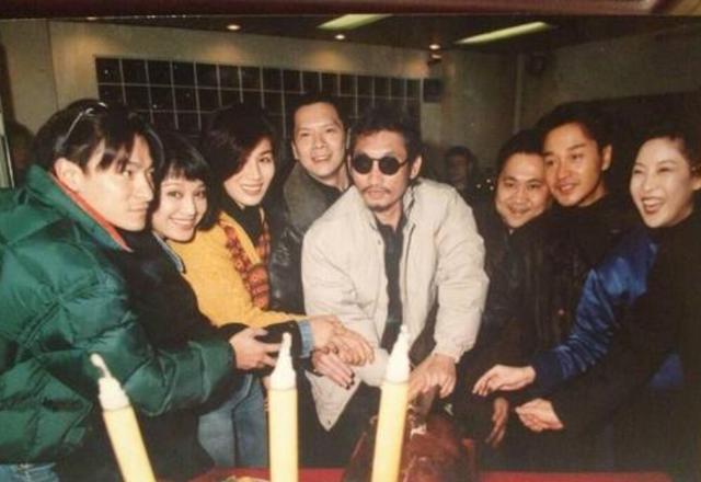 张国荣已逝世十七年,依旧有人在好奇,刘德华为什么不参加葬礼?