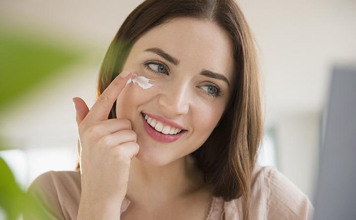 抗初老护肤品什么时候开始用?