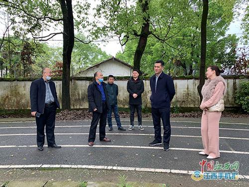 欧阳钰明到赤山镇中学督导疫情防控和开学准备工作