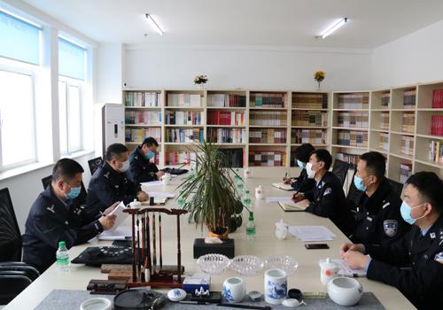 黑龙江省绥化市公安局党委委员、副局长到庆安县公安局检查指导当前重点工作