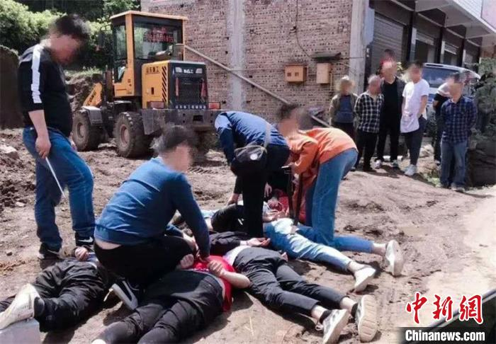 四川南部公安局侦破一起特大制贩毒案 查获冰毒16.7公斤