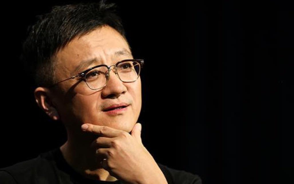 摩天登录:到了光辉的摩天登录人性|中国导演战疫图片