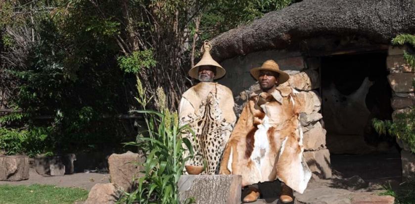 到此一游|小众部落里买顶草帽,和芦苇少女共舞图片