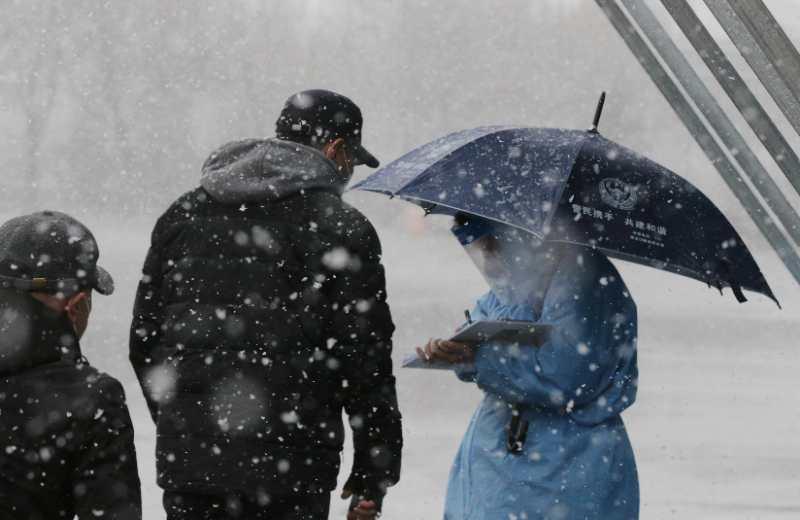 倒春寒中,绥芬河、牡丹江2万名干部顶风冒雪,奋战在一线