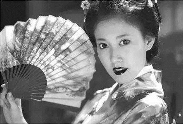 """日本最美女间谍,被称为""""帝国之花"""",川岛芳子也不及她"""