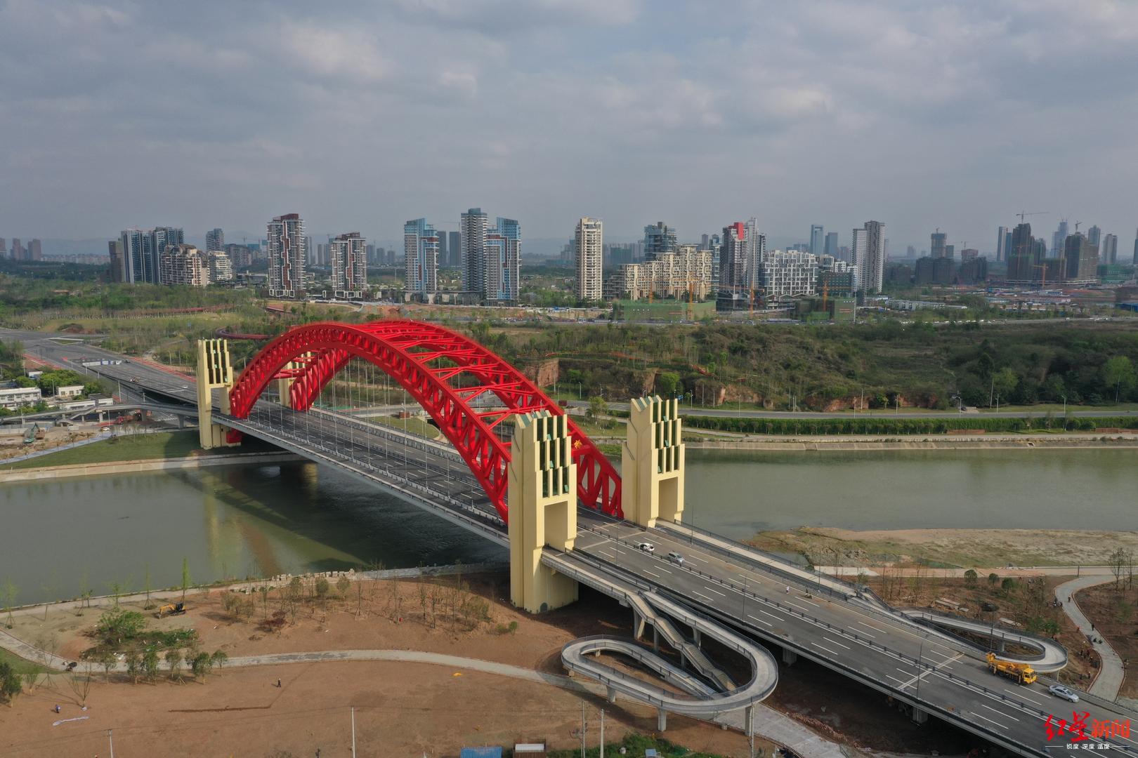 成都单跨跨径最大桥梁——天府新区天保湾大桥通车