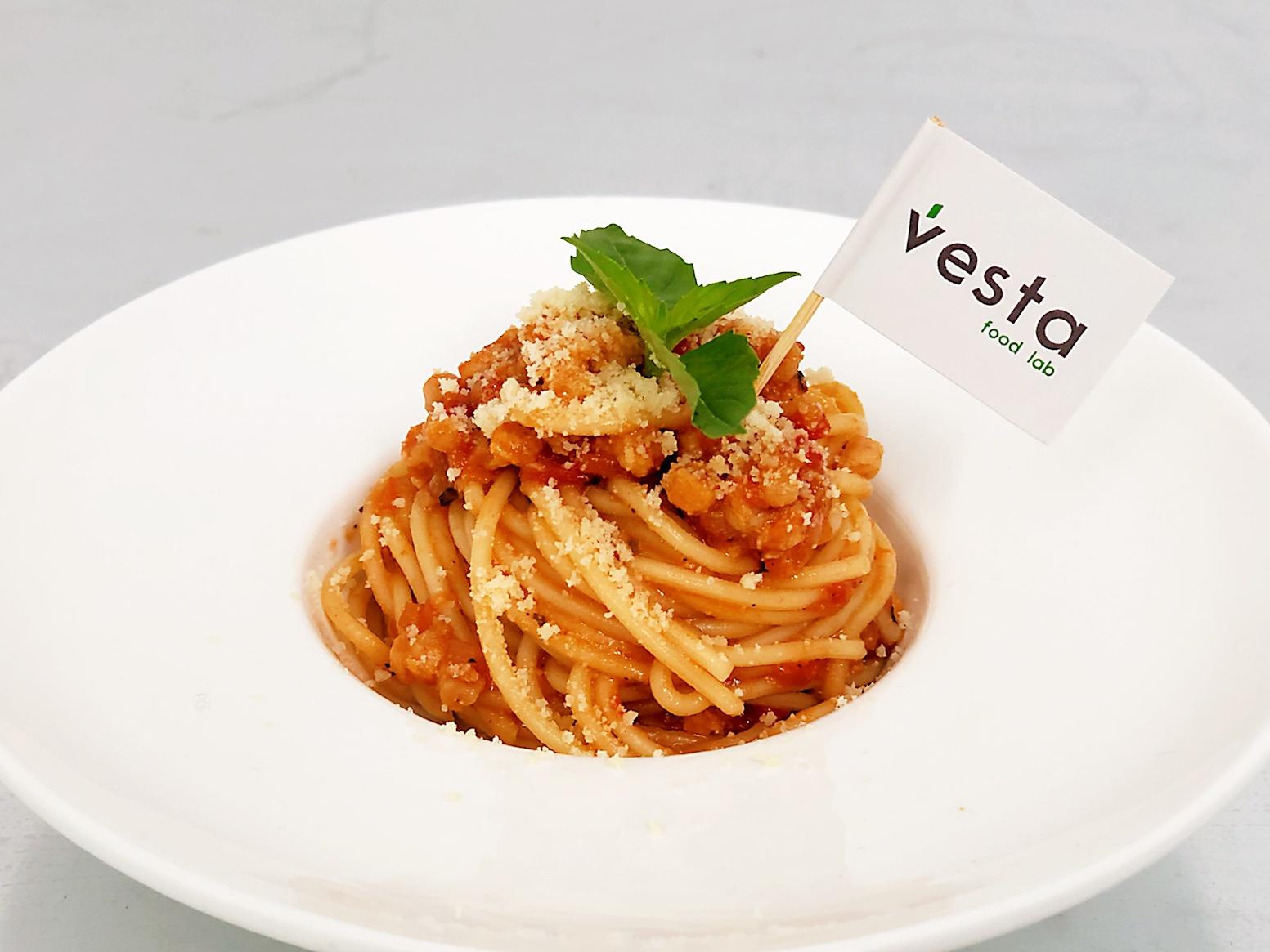 人造肉商业化进程加快,「Vesta未食达」将与「拉面说」联合推出植物肉意面