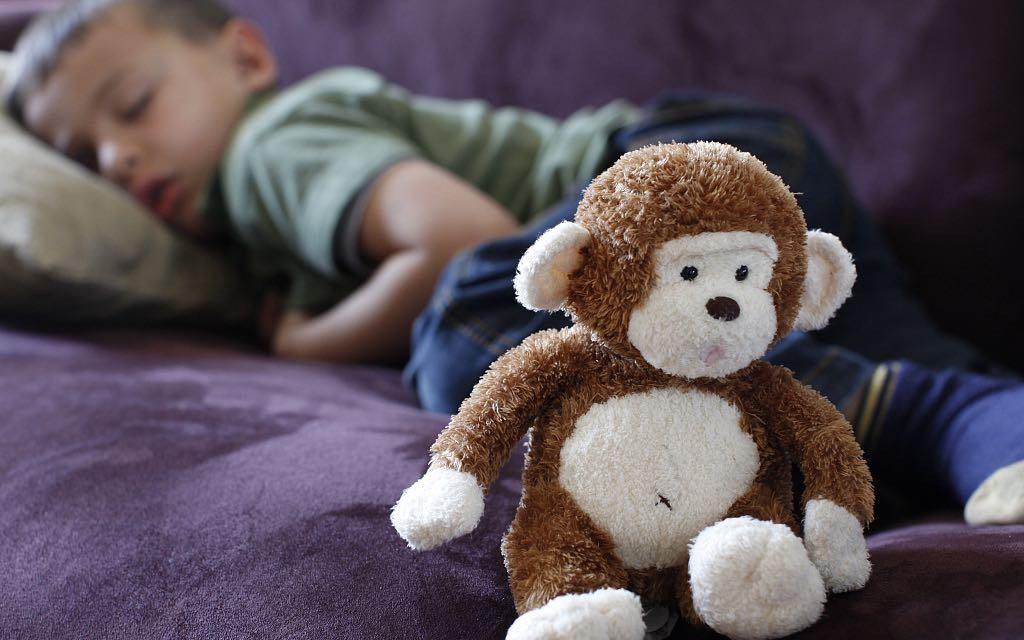 """世界自闭症日丨关爱""""星星的孩子"""" 早期康复至关重要"""