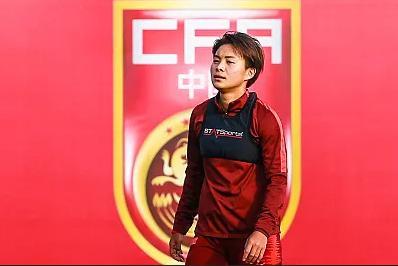 中国女足今天展开新一期集训,有个措施将效仿男足