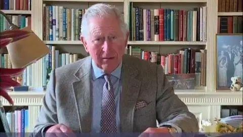 确诊后,查尔斯王子首次露面,鼓励民众怀抱信念
