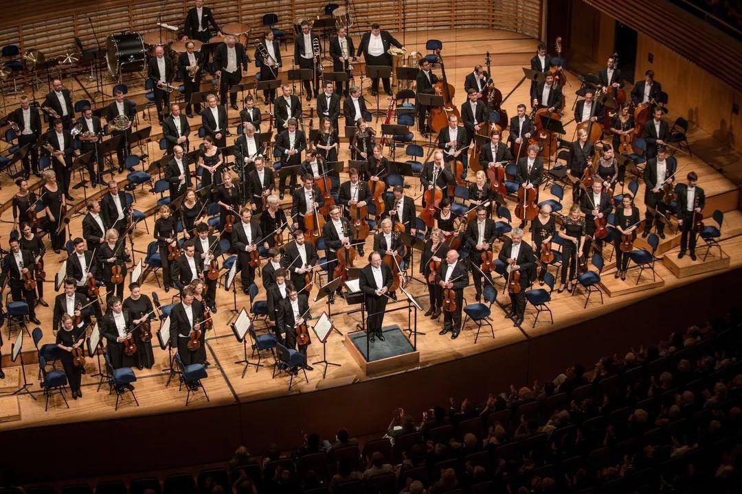 夏伊与琉森音乐节管弦乐团