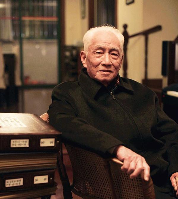 99岁抗战老兵饶平如去世,曾出版感动无数人的《平如美棠》