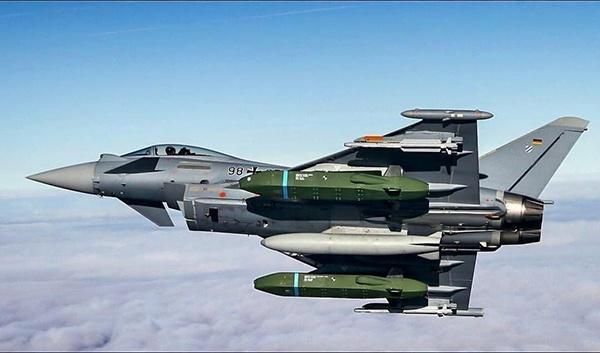 """德国空军""""台风"""""""