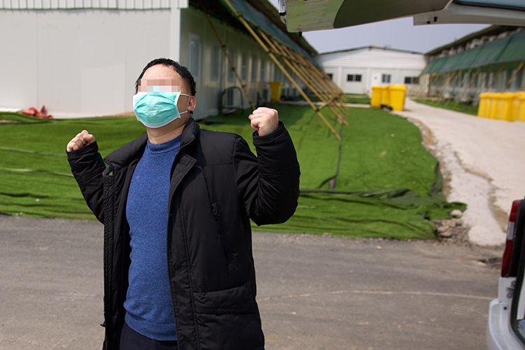 雷神山医院C3病区清零 母子患者同日出院图片