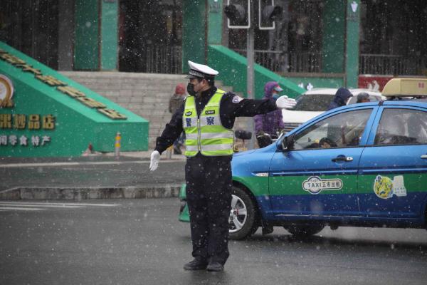 黑龙江省五大连池市加强春雨春雪天气道路交通管控