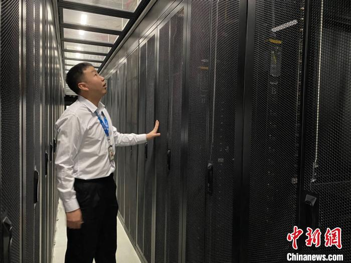 云南省最大互联网数据中心试运行