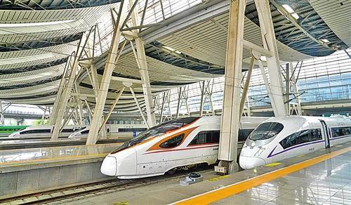 全国铁路启用新运行图 暑期高峰日均增加26万个席位