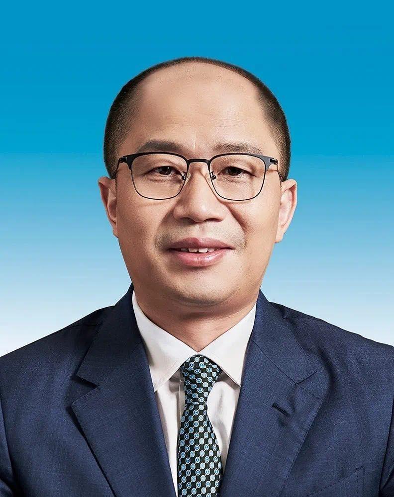 东风有限人事调整,陈昊、市川敦担任副总裁图片