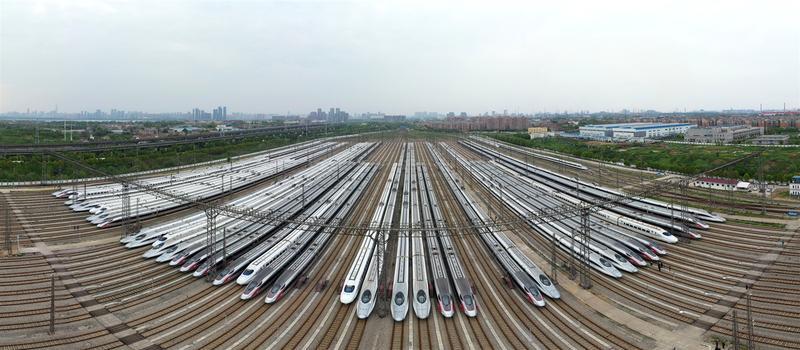 中铁武汉局:8日预计5.5万余名旅客乘火车离汉,4成往珠三角