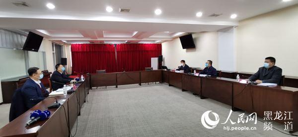 """黑龙江省出现秸秆露天焚烧""""第一把火"""" 宁安市委市政府被约谈"""